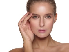 Get the safest and most effective skincare treatment with Dermapen Micro-needling!