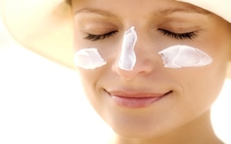Sunscreen reduces your risk of skin cancer.